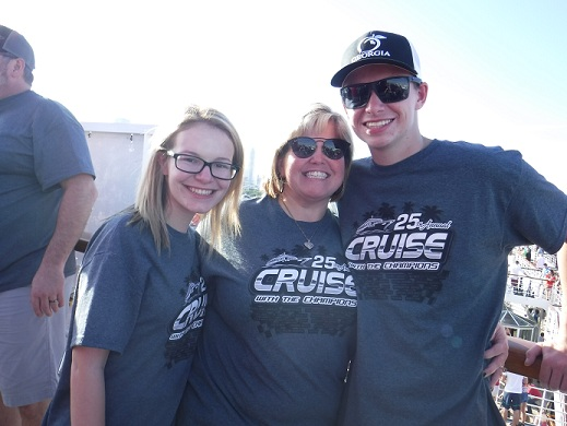 http://cruisewiththechampions.net/Pictures/682.JPG
