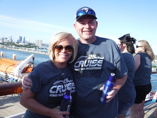 http://cruisewiththechampions.net/Pictures/683.JPG