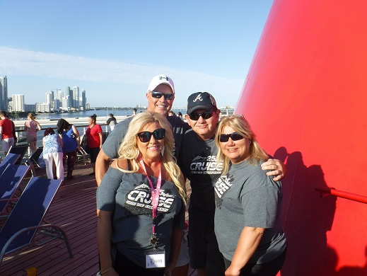 http://cruisewiththechampions.net/Pictures/691.JPG
