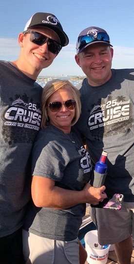 http://cruisewiththechampions.net/Pictures/734.jpg